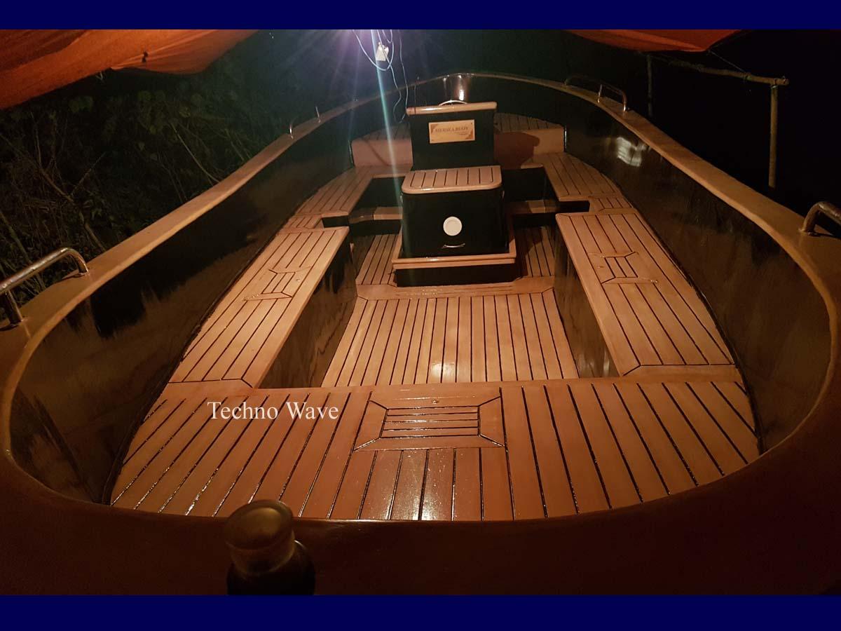 Luxury Wooden Sloep Boat